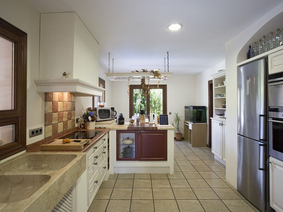 House in Capdella - Stylish finca with high standard building qualities