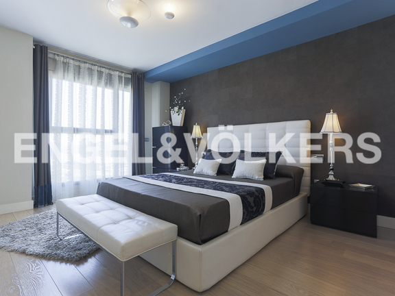 Condominium in Sant Pau - Master bedroom with dressing room
