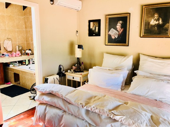 Apartment in Kosmos Village - Main bedroom with en-suit.jpg