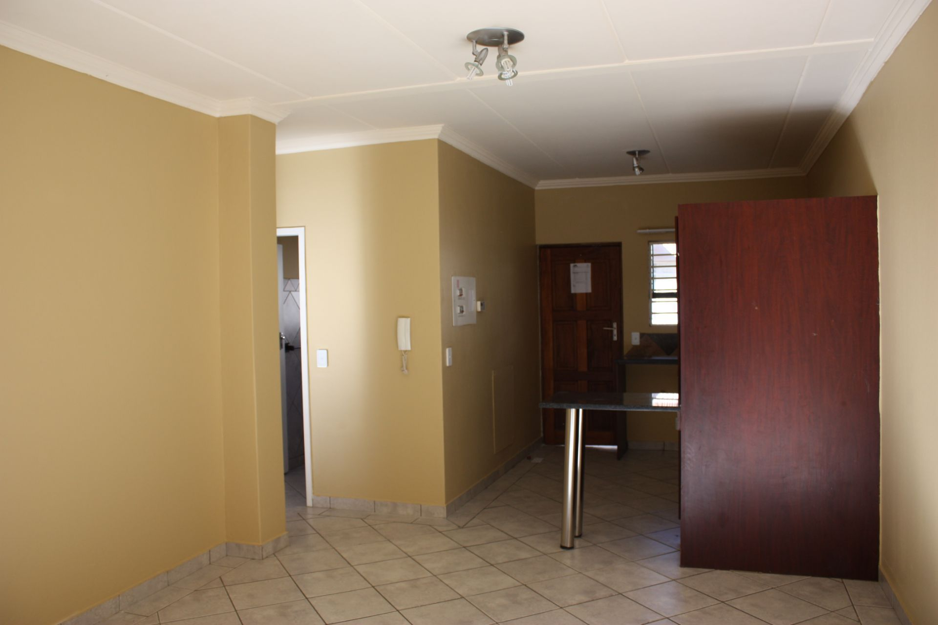 Apartment in Central - 1381299_large.jpg