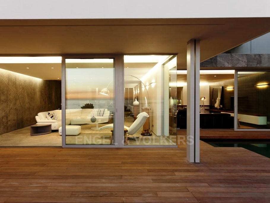 Apartment in Camps Bay - Outside Deck