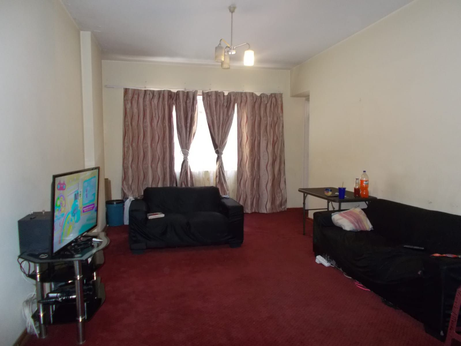 Apartment in Hillbrow - WhatsApp Image 2021-01-12 at 13.03.09 (1).jpeg
