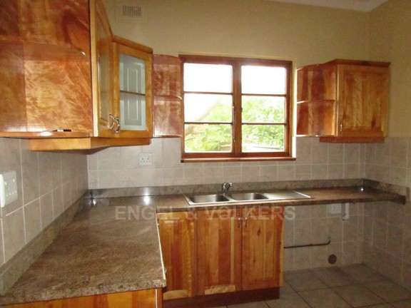 House in Shelly Beach - 012_Kitchen_in_House_2.JPG
