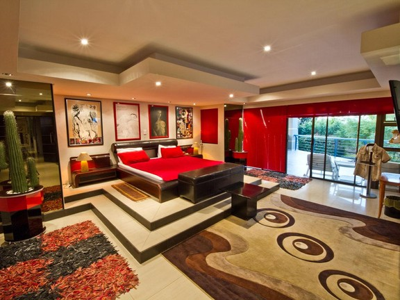 House in Fourways - 5_bedroom_house_fourways_24.jpg