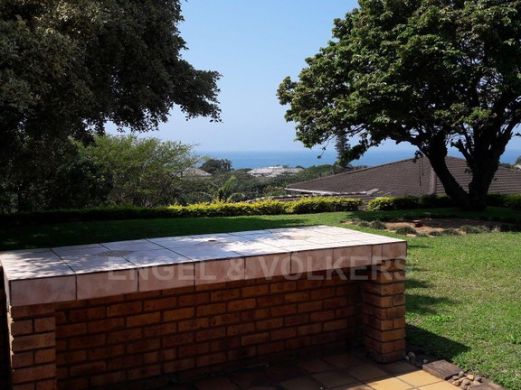 House in Umtentweni - 016 - Outside patio and view.jpg