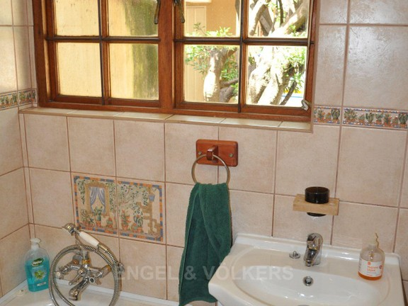 House in Doringkloof - Second Bathroom a.JPG