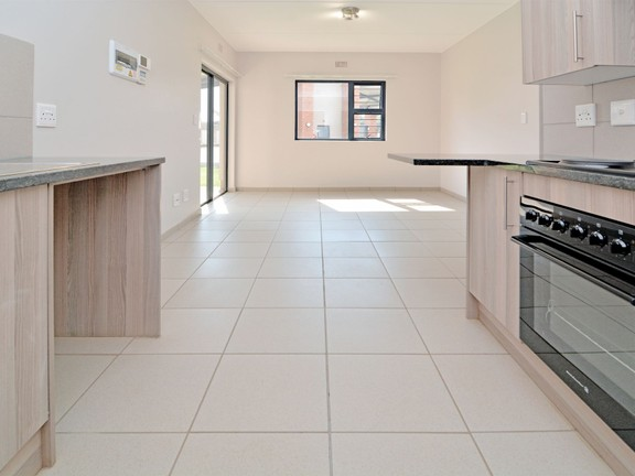 Apartment in Ravenswood - candelwood cres-6.jpg