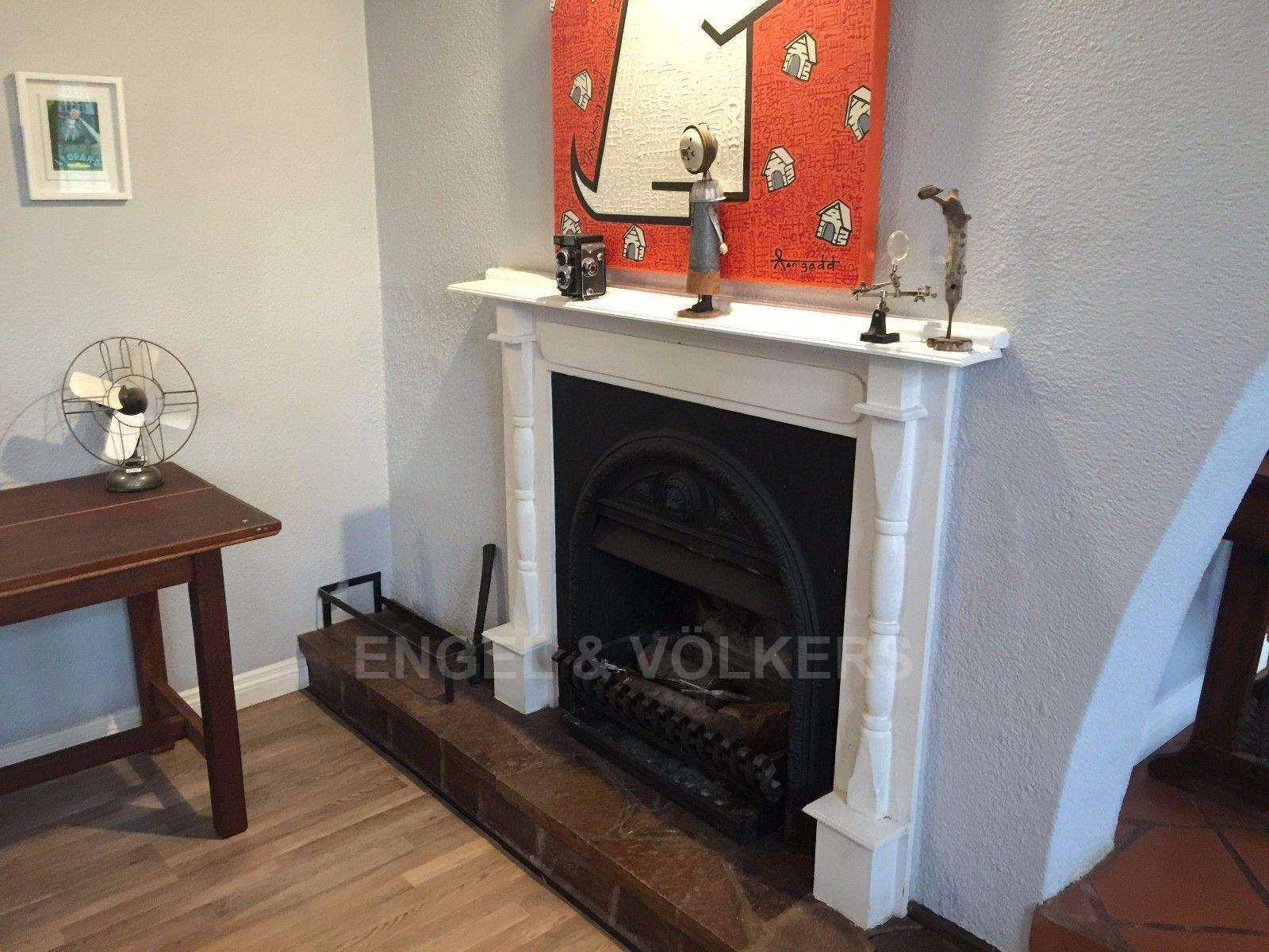House in Dam - Fire place