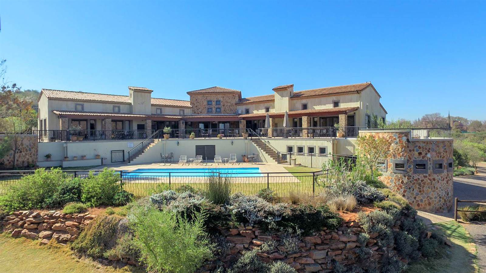 Land in Beau Rivage - Excellent clubhouse with outside gym
