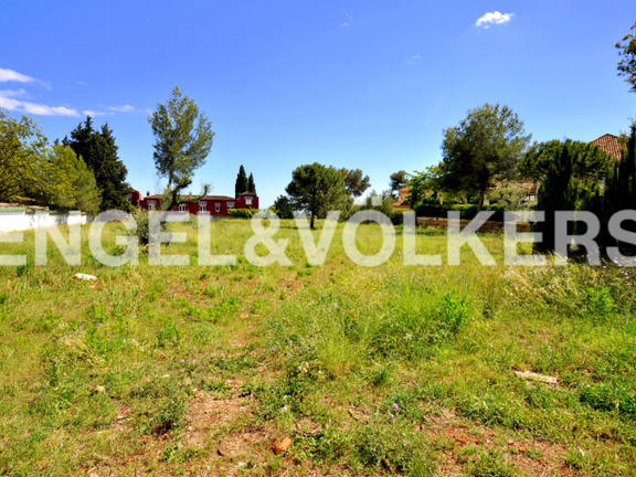 Plot for sale in La Quinta de Sierra Blanca