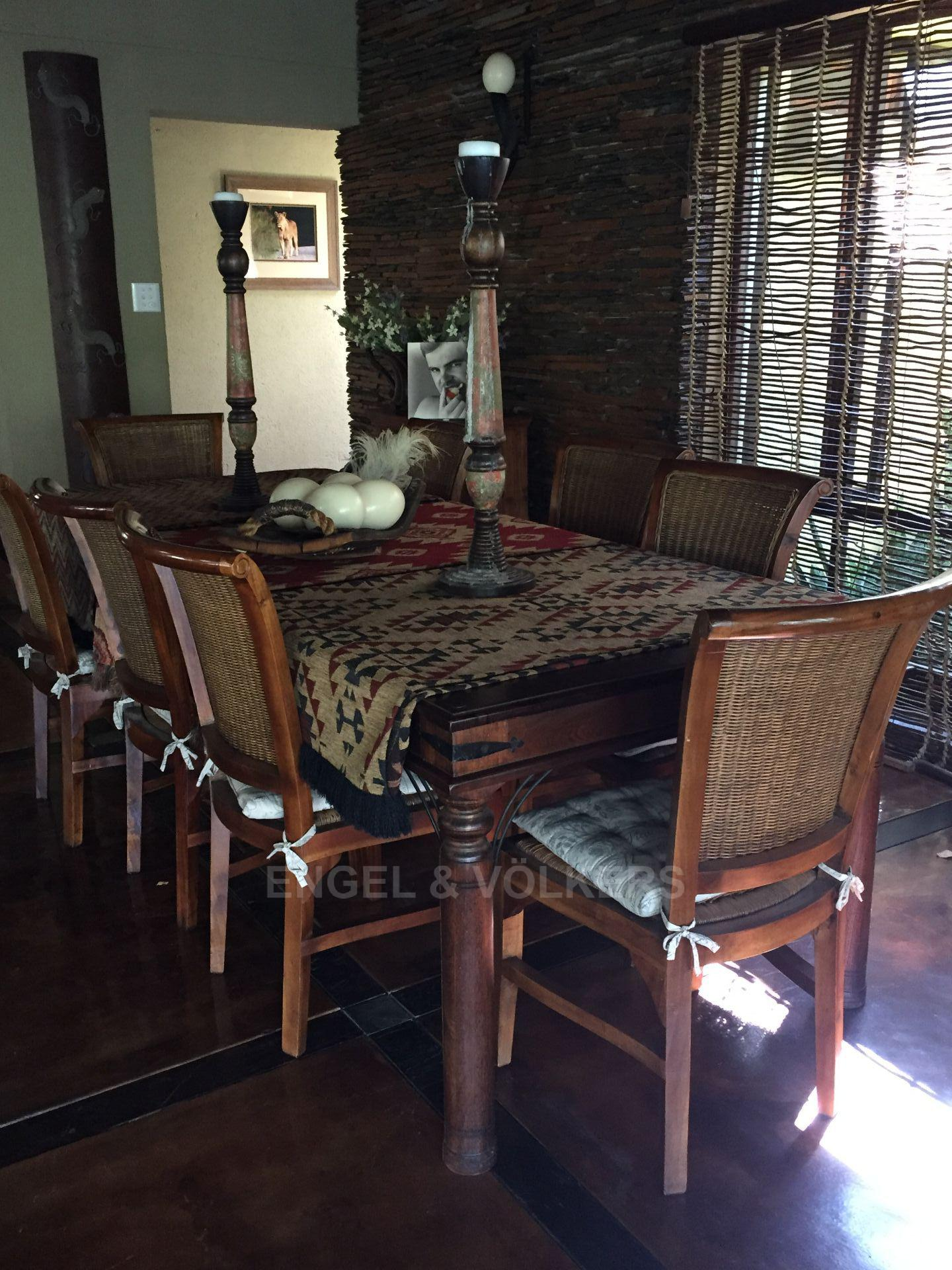 House in Phalaborwa & surrounds - Dining area