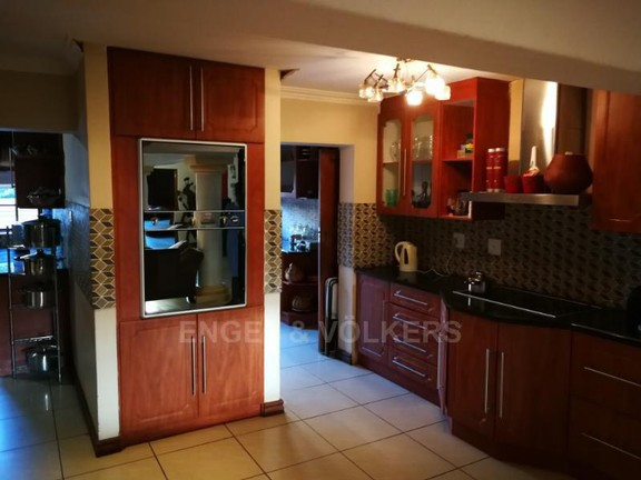 House in Xanadu Eco Park - Kitchen and scullery