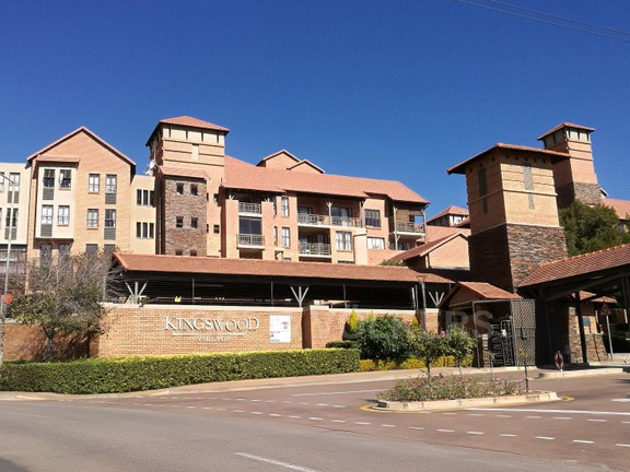 Apartment in Newlands - Kingswood Village