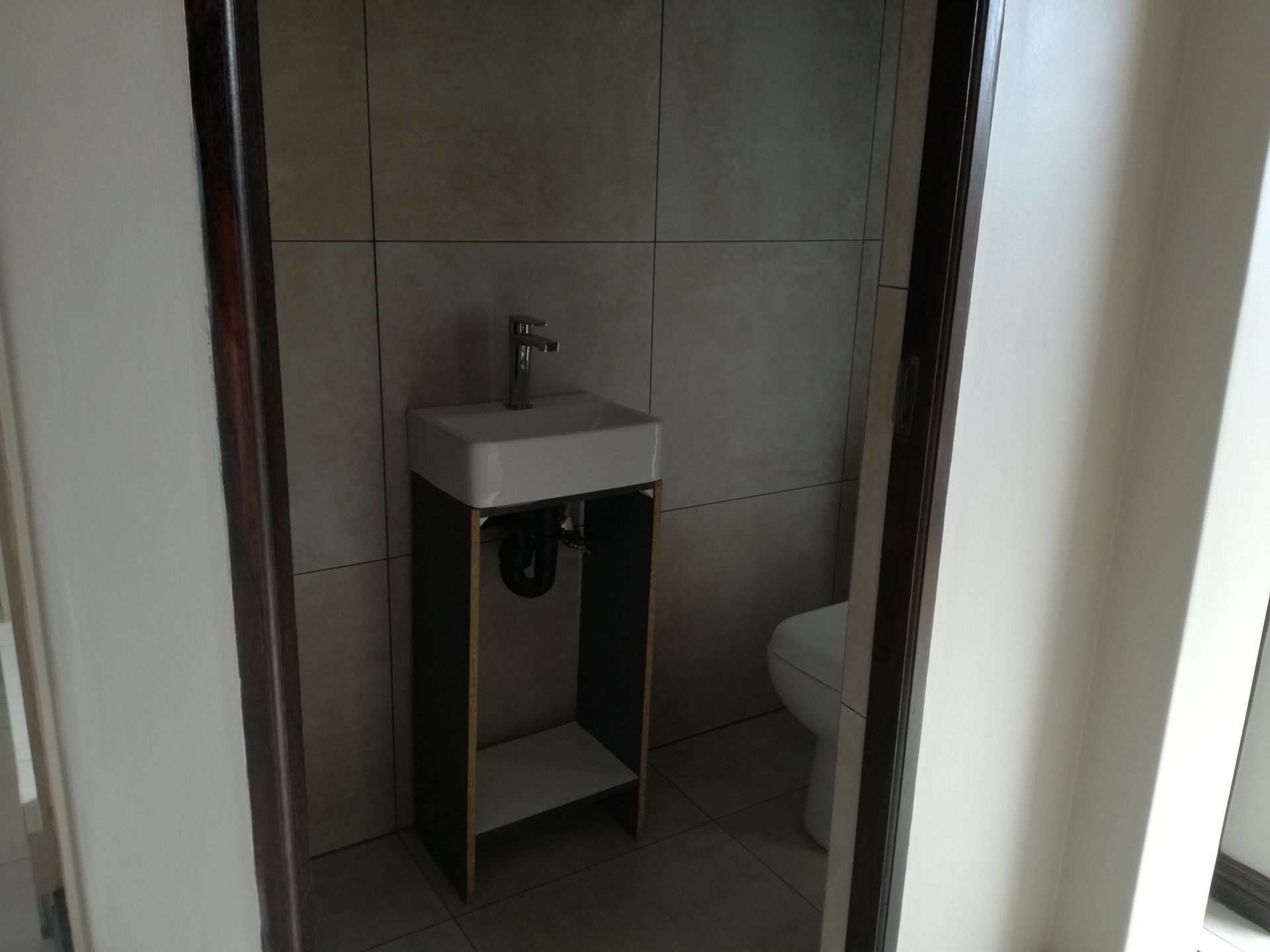 House in Central - Bathroom