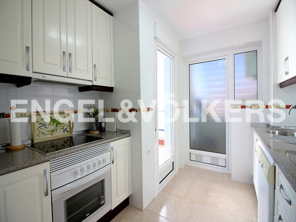 Condominium in Villajoyosa - Penthouse duplex with sea views in front of the beach. Kitchen