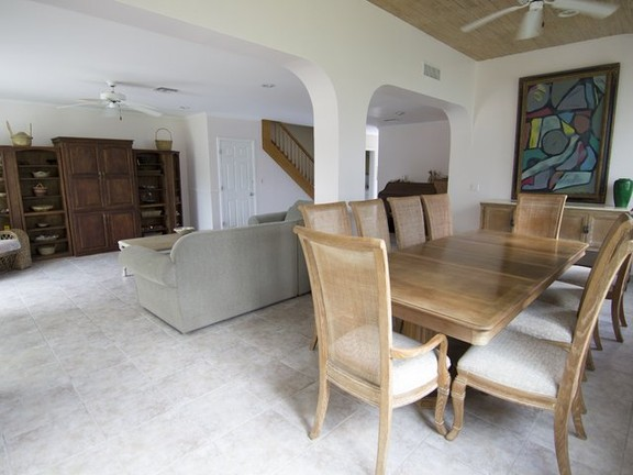 Apartment in Yamacraw - Spacious Townhome in Beachfront gated community