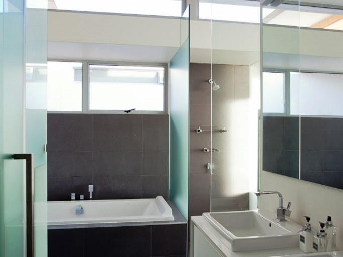 Apartment in Camps Bay - Bathroom