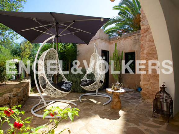 House in San Lorenzo - Chill out hanging chairs