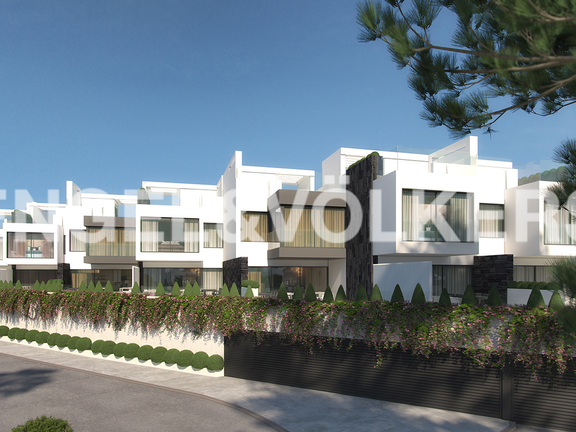House in Beach Side Estepona West