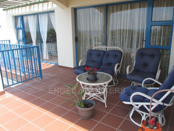 Condominium in Uvongo - 014 Balcony.JPG