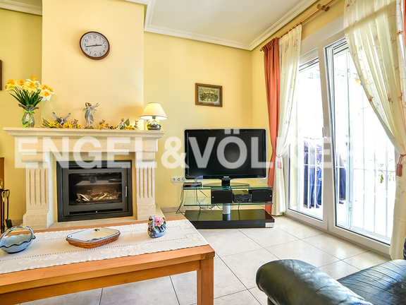 House in Calpe - Fireplace in living area
