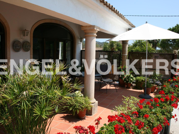 House in Jávea Golf - Rustic Property next to the Javea Golf Course. Terrace.