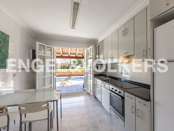 House in Jaizubia - Perfectly equipped kicthen with an access to the terrace