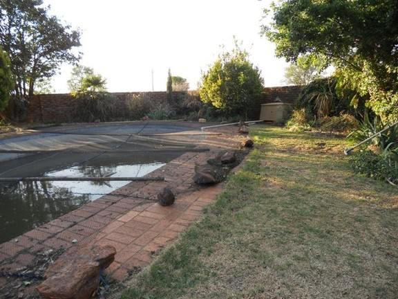 Land in Oudedorp - Pool