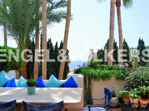Penthouse for sale in Marina Puente Romano