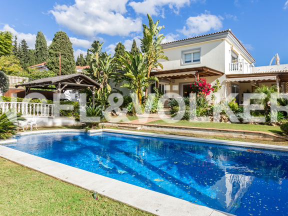 Villa for sale in Nagüeles Marbella