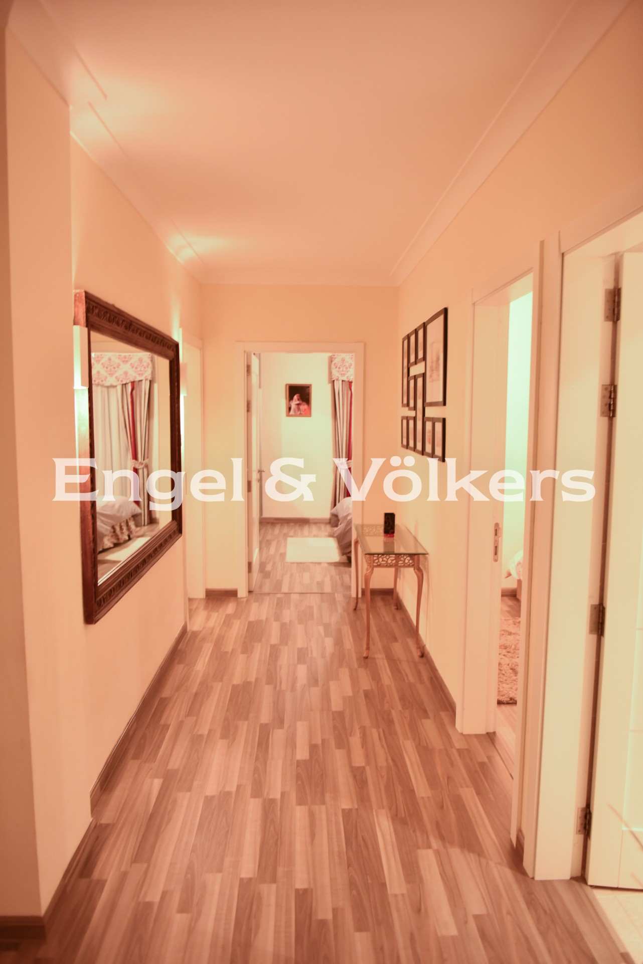Apartment in Paceville - Apartment, Paceville, Hall Way