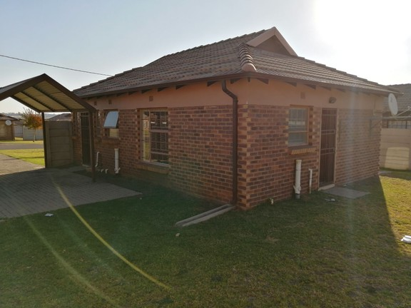 House in Clayville - IMG_20190605_153820.jpg
