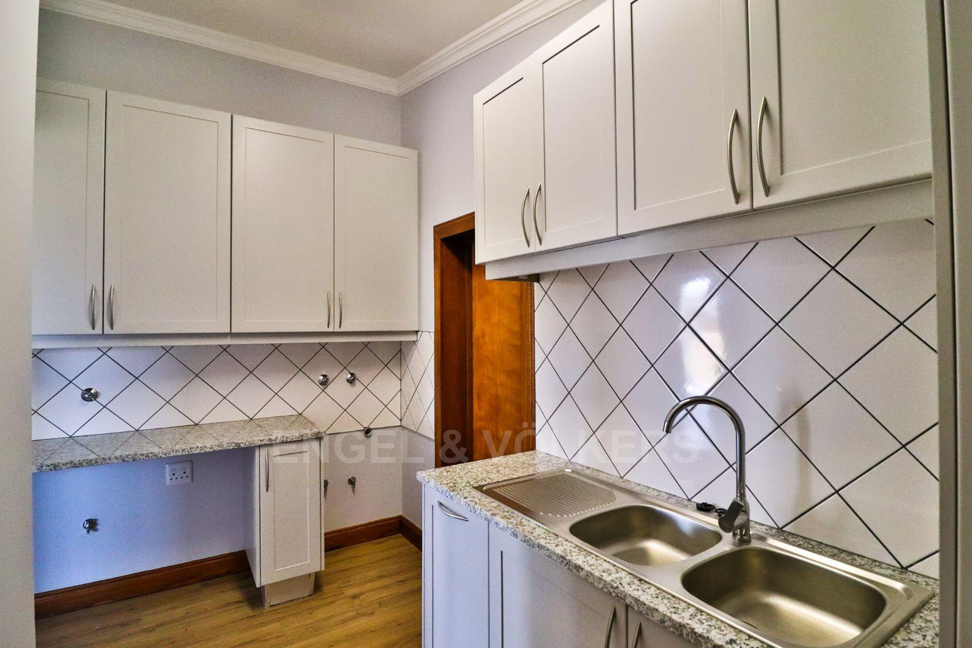 House in Landsmeer - Ample sized scullery
