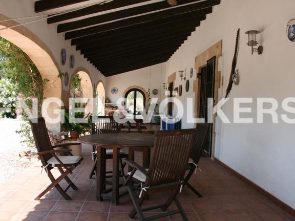 House in Jávea Golf - Rustic Property next to the Javea Golf Course. Covered terrace.