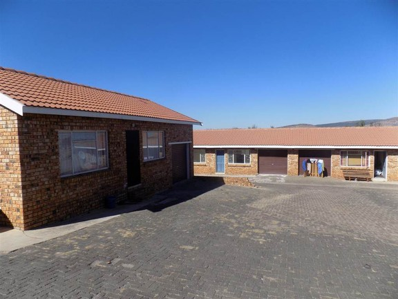 Investment / Residential investment in Fochville - 0d854d0e-dd80-4661-8434-ae5f3ff96a3a.JPG