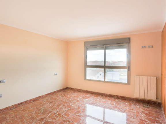 Condominium in Manises - Suite