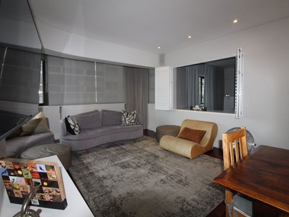 Condominium in Sea Point - Lounge area