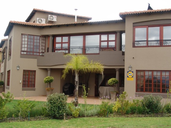 House in Bougainvilla Estate - Side view