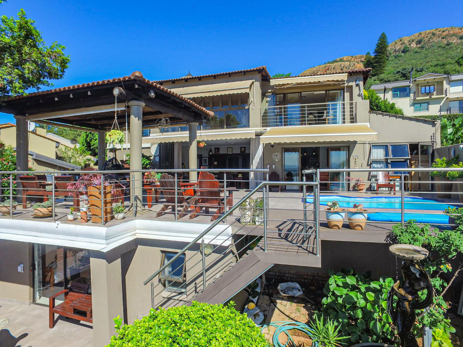 House in Kosmos Village - Fabulous home on the waterfront - what an opportunity!