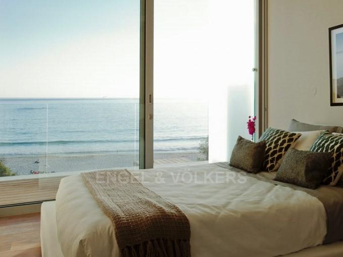 Apartment in Camps Bay - Bedroom 2