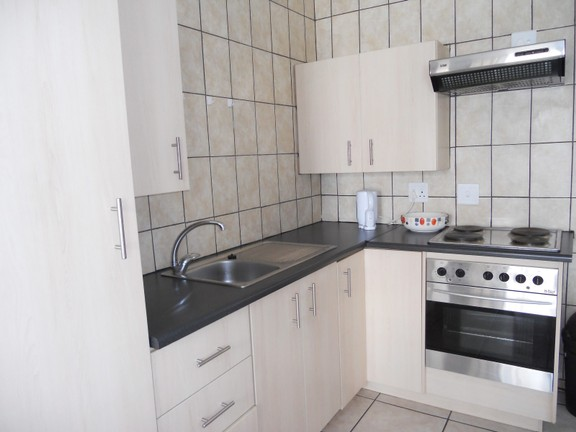Apartment in Central - Kitchen