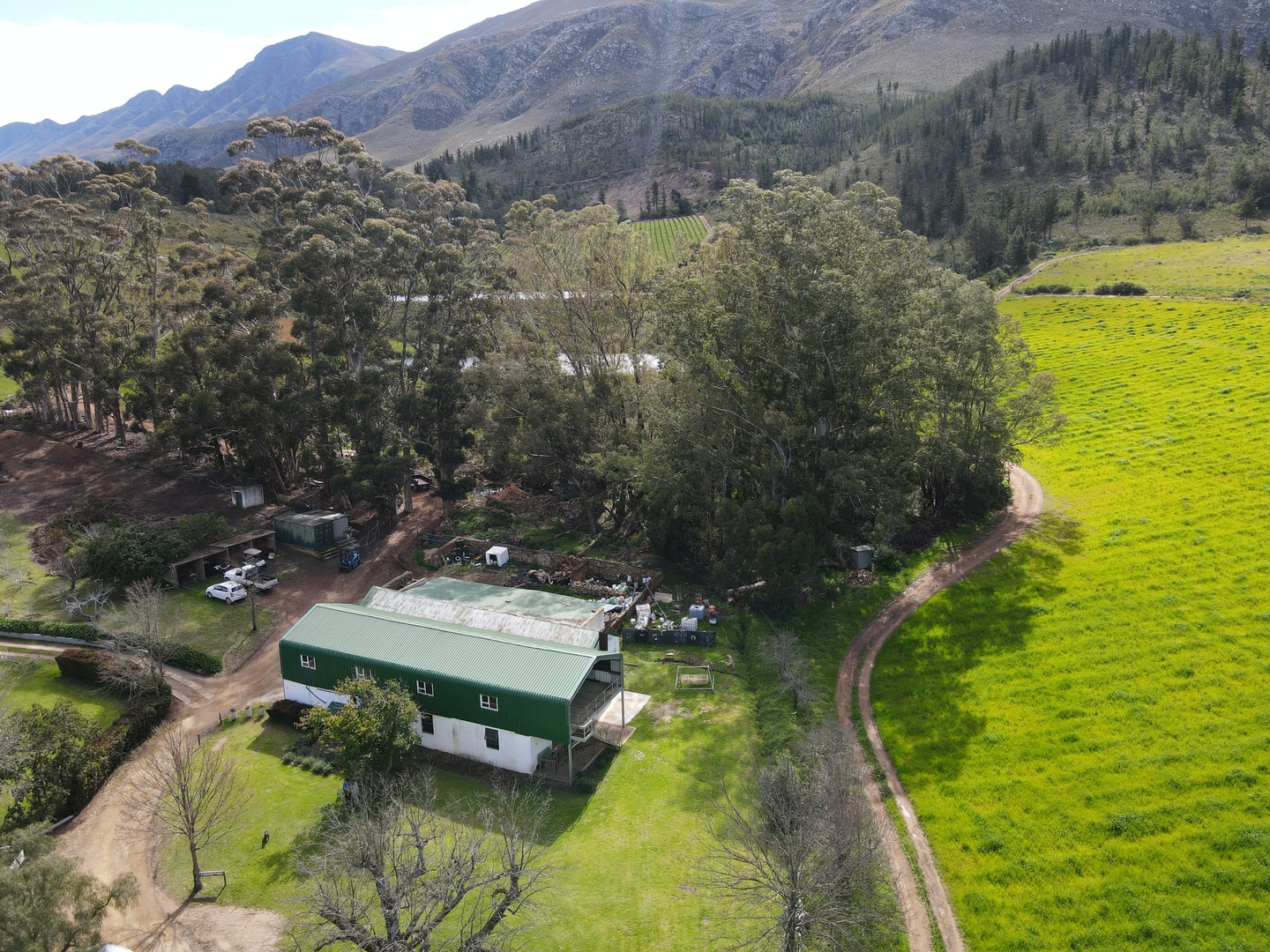 Land in Swellendam - Shed with brewery