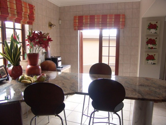 House in Bougainvilla Estate - Kitchen (3)