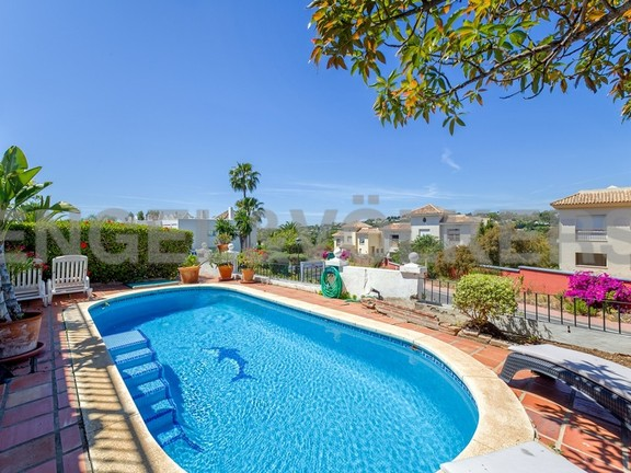 House in Marbella-Nueva Andalucía - Views from Townhouse