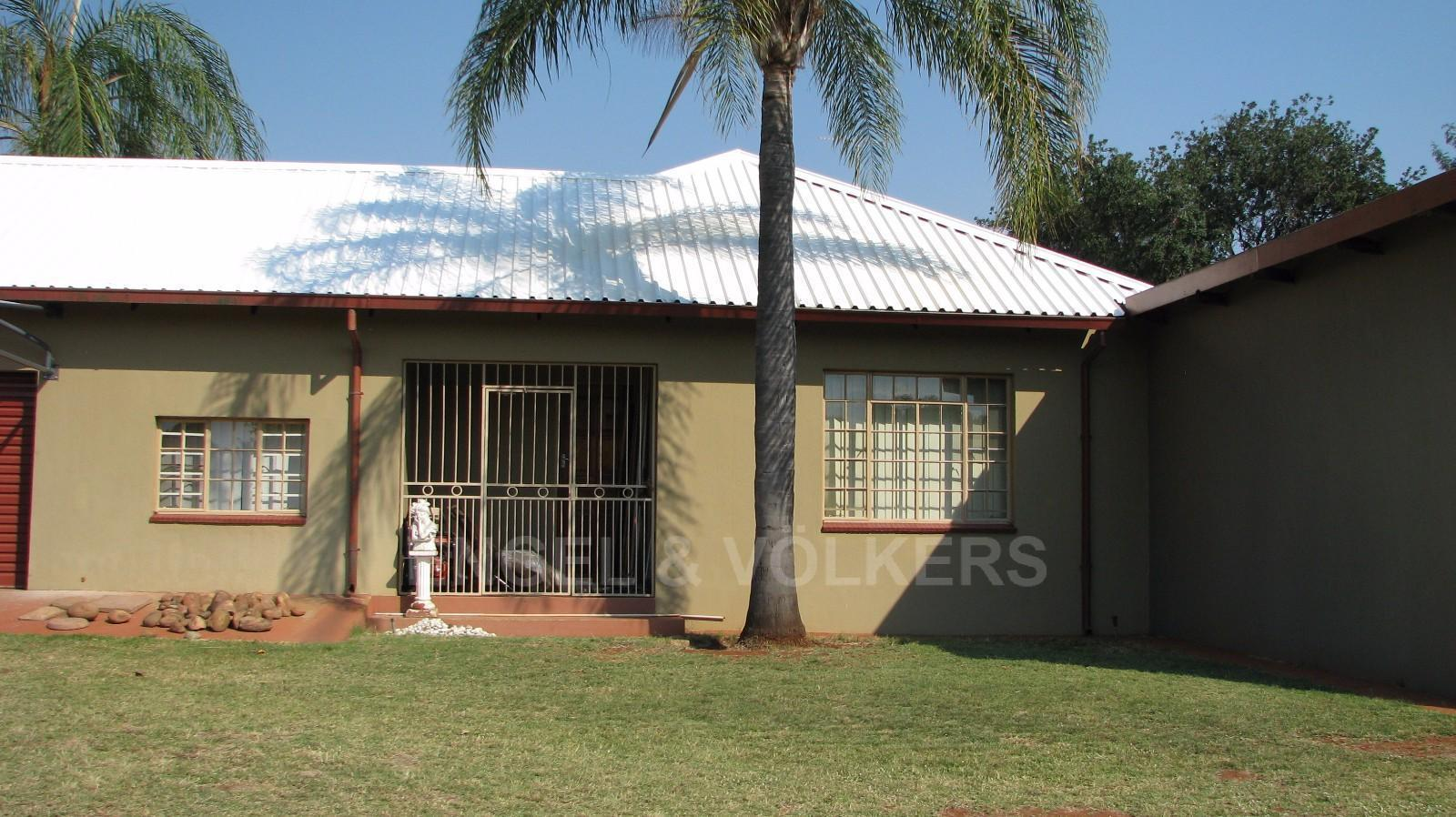 Land in Farms - Flat let