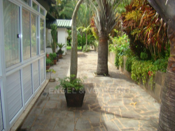 House in Marina Beach - 026 - Flatlet Patio showing Paving.JPG