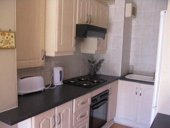 Apartment in Port St Francis - Neat Kitchen
