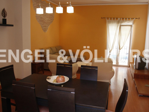 Beautiful townhouse in the heart of Denia. Living and dining room