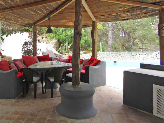 House in Sta. Eulalia - Outside dining area
