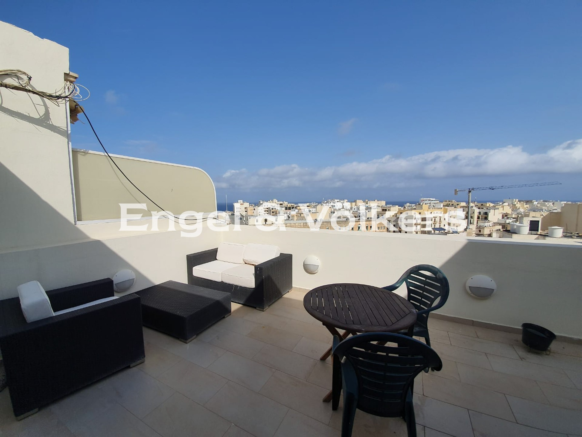 Apartment in Sliema - Penthouse, Sliema, Terrace with outdoor furniture